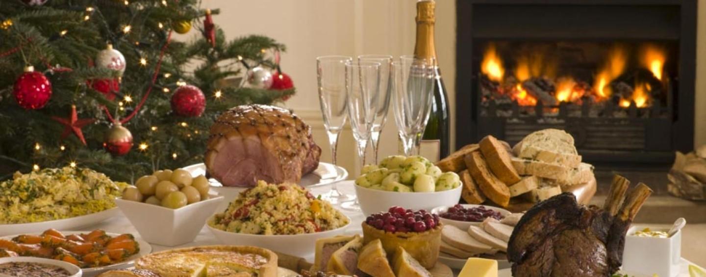 Cenone di Capodanno, menù e prezzi: al Sud si brinderà con 134 euro