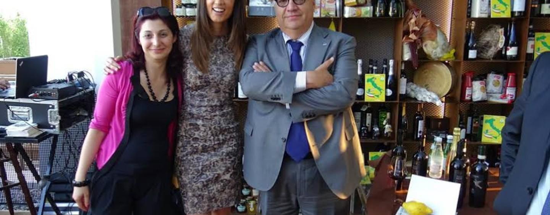Daniela Ferolla e Jimmy Ghione allo stand Expo di Coldiretti Campania