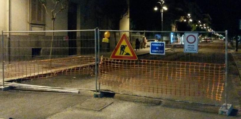 FOTO/ Cede l'asfalto a Corso Europa. Strada di nuovo chiusa al traffico