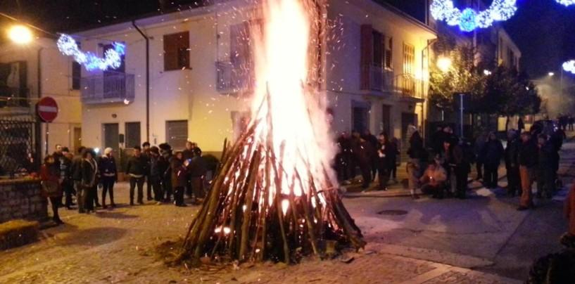Le notti dei falò accendono il Natale in Alta Irpinia