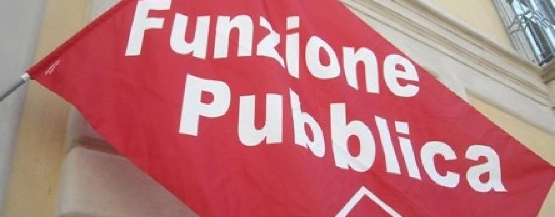 """""""Difendiamo la sanità pubblica"""", la fiaccolata dei sindacati"""