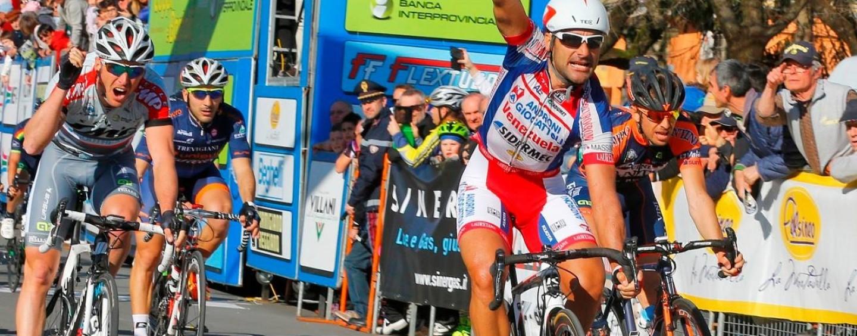 Da Altavilla a Montella, la bella Irpinia che fa il Giro d'Italia.