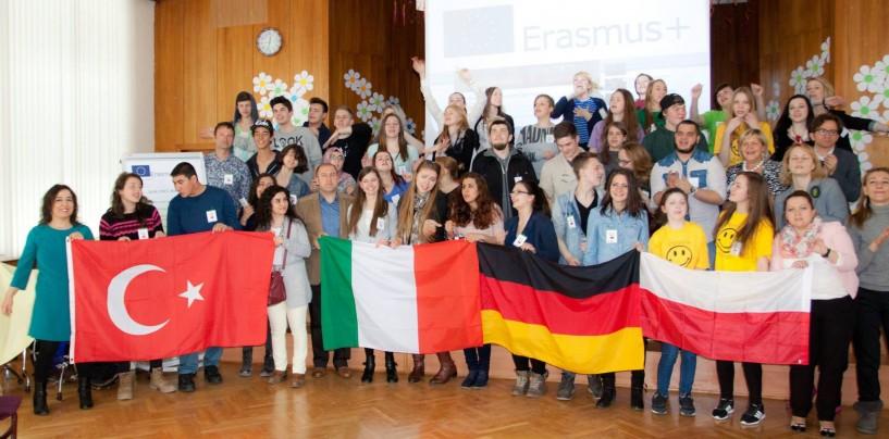 """Il """"Vanvitelli"""" di Lioni in Lettonia per progetto Erasmusplus"""