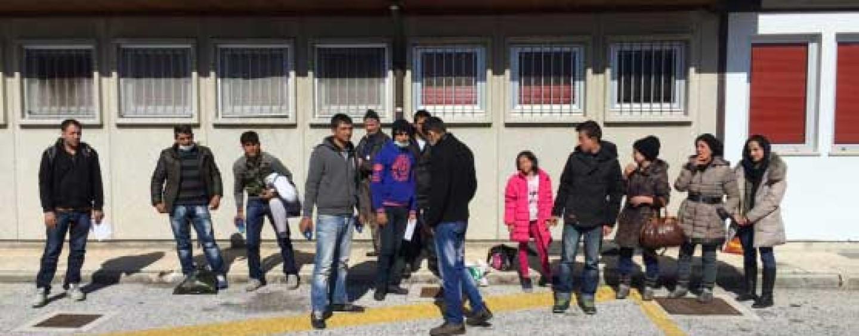 Serino, protesta dei profughi sul Raccordo Salerno Avellino