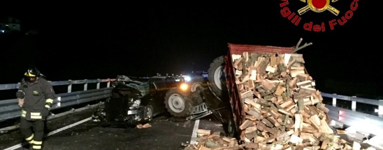 Montemiletto – Auto contro trattore: due feriti