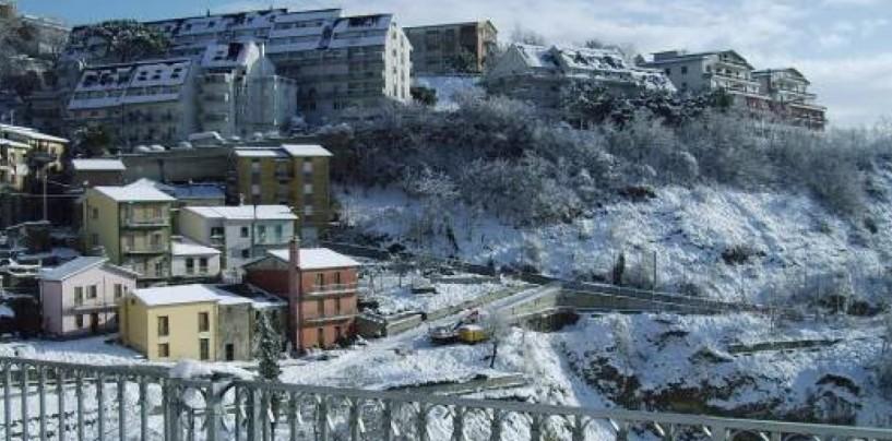 Bufere di neve in arrivo in Irpinia e nel Sannio, allerta meteo dalla serata di sabato