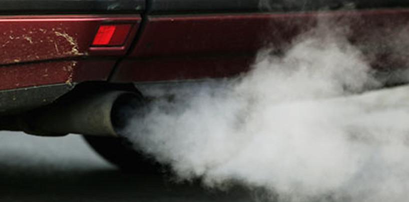 Inquinamento alle stelle: inutile il blocco auto. Si rischia un Natale a piedi