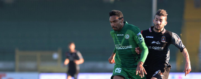 Avellino Calcio – Fasce ridotte all'osso: cambio di modulo obbligato per Tesser