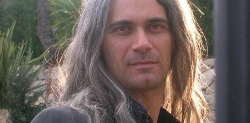 """Cervinara, il poeta dell'amore Picariello incontra gli studenti dell'istituto """"L.Einaudi"""""""
