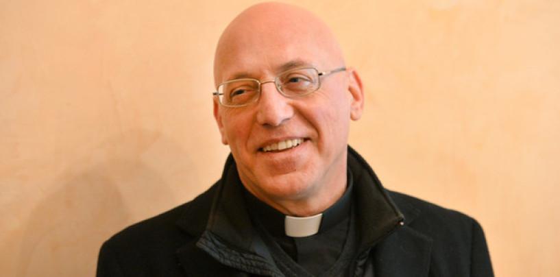 """Grottaminarda, convegno sulla violenza di genere """"L'amore malato"""". Il vescovo Melillo: """"Stiamo lasciando ai giovani un mondo a pezzi"""""""