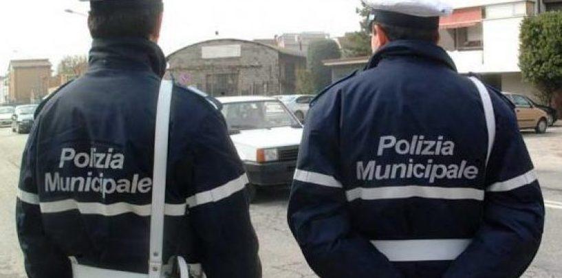 Era ricercato da due anni: senegalese bloccato dalla Polizia Municipale