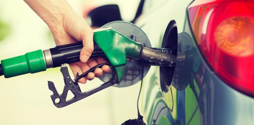 """Giù il prezzo del petrolio: """"Ora rapido abbassamento dei prezzi della benzina"""""""