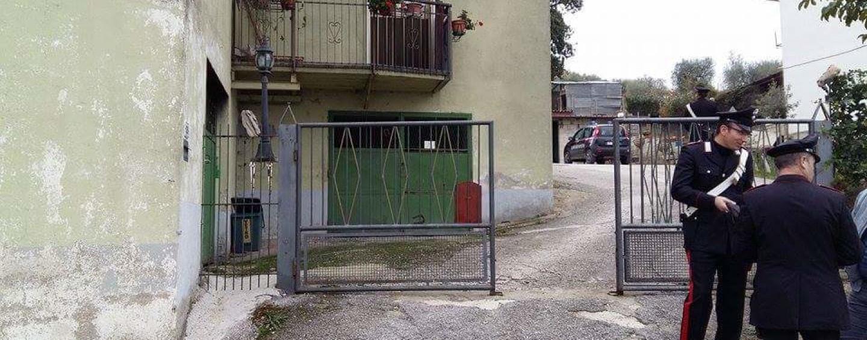 """Strage Frigento: i Carabinieri tornano nella """"casa degli orrori"""""""