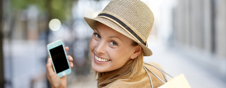 Telefonia, chiamatelo Christmas o Natale: ecco tutte le offerte di Vodafone, Wind, Tim e 3 Italia