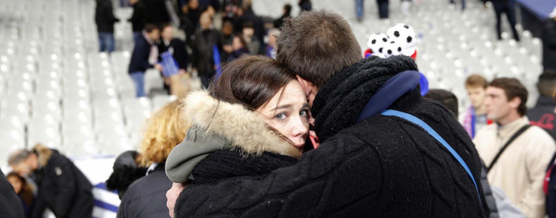 """Da """"Charlie Hebdo"""" al 13 novembre, si chiude un anno di attacchi alla democrazia"""