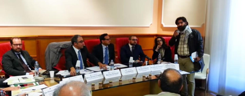 Tecnoservice, blitz dei lavoratori al convegno: la vertenza in Regione e a Roma
