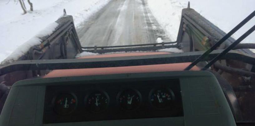 Neve e ghiaccio, trattori Coldiretti in azione su strade di Irpinia e Sannio