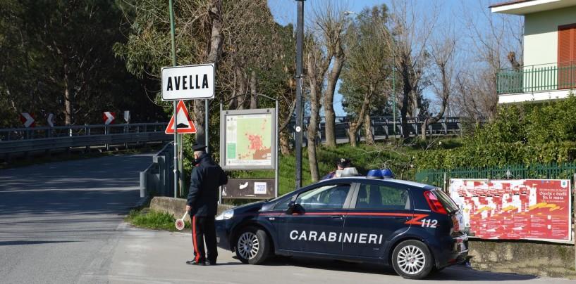 Avella, blitz dei Carabinieri in centro: due fermi