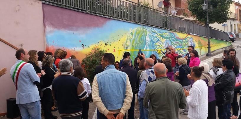 Vallesaccarda – Murales in pieno centro