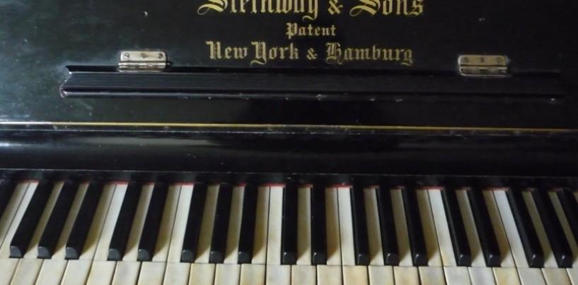 Sposta il vecchio pianoforte e trova un titolo da un milione di euro