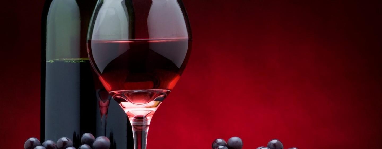 10 grandi vini da regalare a Natale